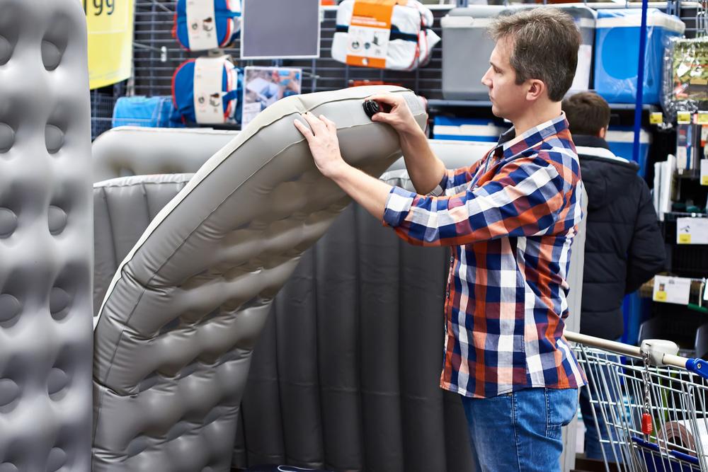 Pourquoi opter pour un lit gonflable